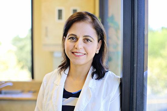 Henna Sandhu, DDS - Dentist in Folsom, CA